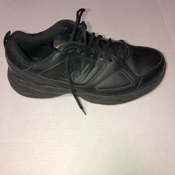 Balance Black Leather Mid626k2 Sneakers